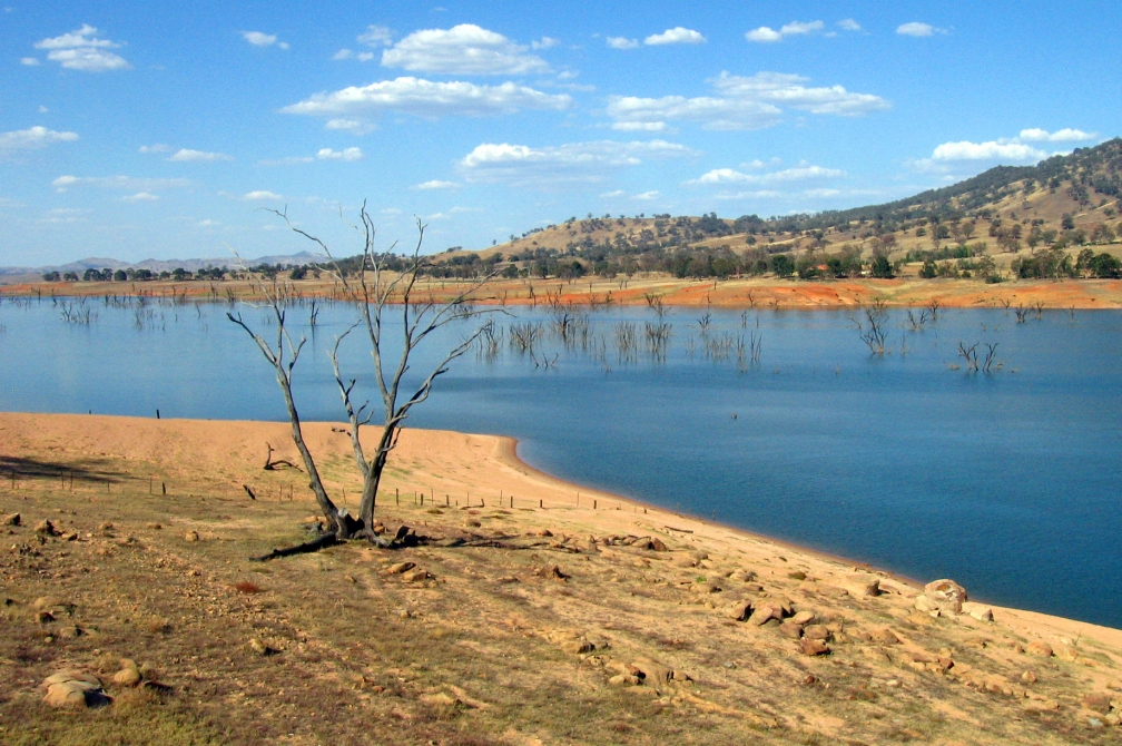Lake_Hume_on_the_Upper_Murray